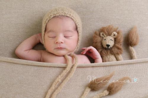 Leeuwtje en bonnetje